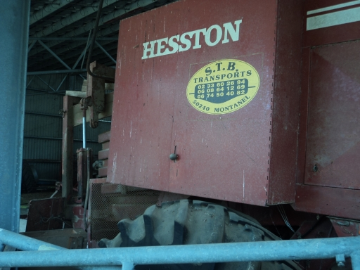 PRESSE CARRE HESSTON 4800