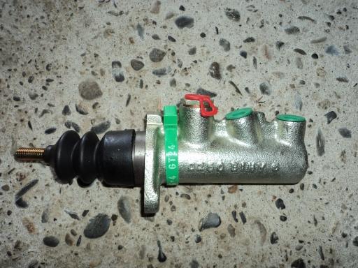 maitre cylindre tracteur CASE IH