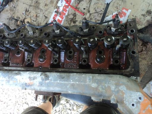 culasse 6 cylindreS PERKINS