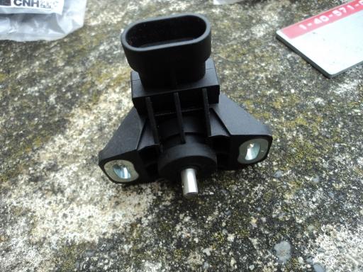 capteur pedale embrayage STEYR / CS