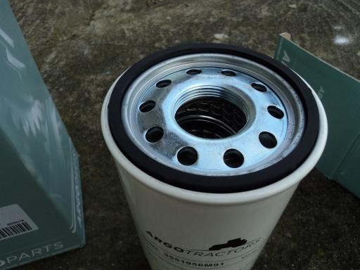 2 filtres hydraulique MAC CORMICK